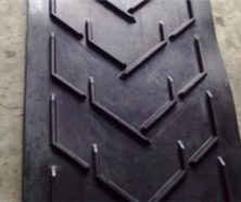 reliable_supplier_for_chevron_patterned_rubber_conveyor-jpg_220x220