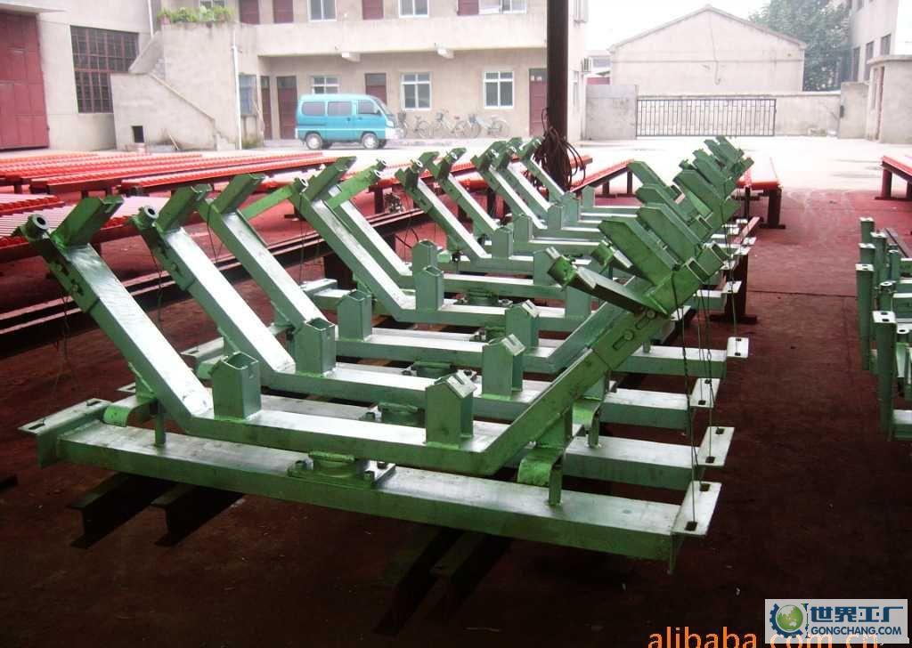 conveyor-roller-support-frame-idler-station-roller-bracket